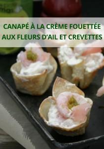 canapé à la crème fouettée aux fleurs d'ail et crevettes