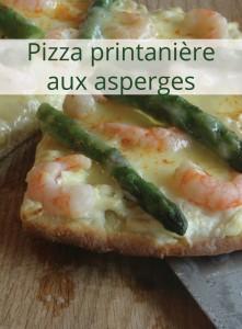Pizza printanière aux asperges, crevettes, deux fromages et fleurs d'ail