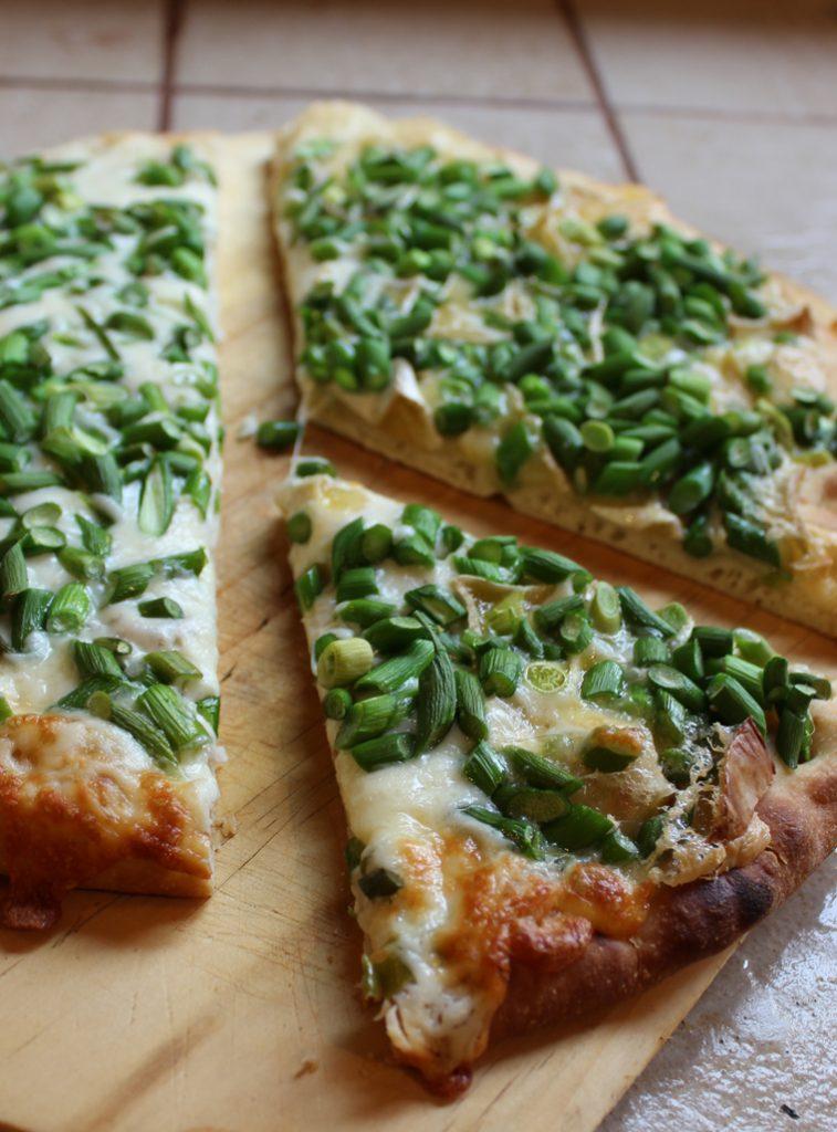 pizza aux fleurs d'ail congelées
