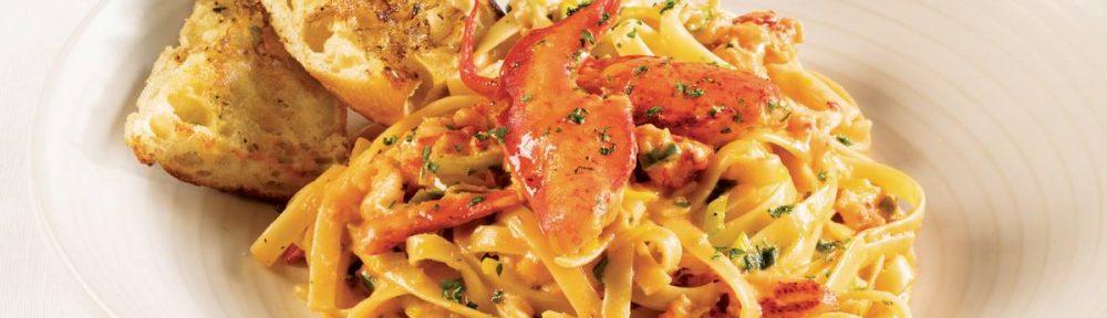 Pate cremeuse au homard et fleurs d'ail fermentees - Le Petit Mas + La piazzetta